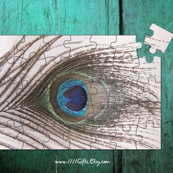Printable Peacock Feather 35 Peice Puzzle